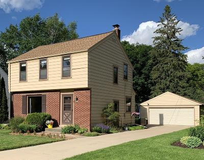 Wauwatosa Single Family Home For Sale: 542 N 115th St