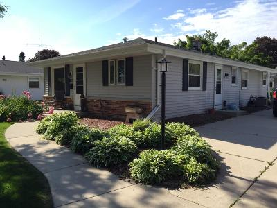 Milwaukee Single Family Home Active Contingent With Offer: 9712 W Eden Pl