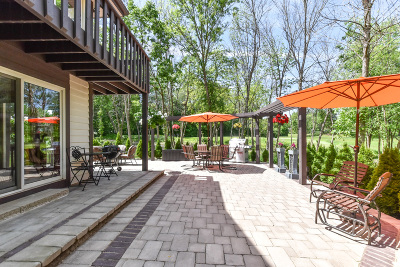 Mequon Single Family Home For Sale: 4024 W Freistadt Rd