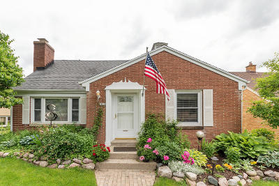 Wauwatosa Single Family Home Active Contingent With Offer: 3816 N 101st St