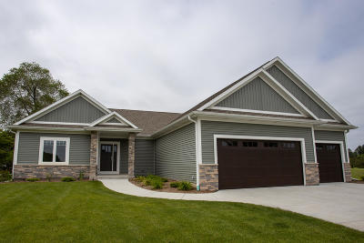 Big Bend WI Single Family Home Sale Pending: $439,900