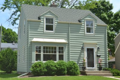 Wauwatosa Single Family Home For Sale: 1936 N 85th St