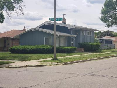 Milwaukee Single Family Home For Sale: 7109 W Marion St