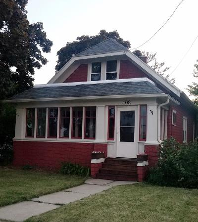 Waukesha Single Family Home For Sale: 408 S Washington Ave