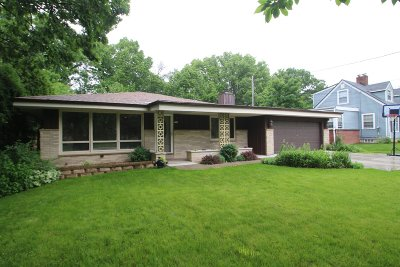 Wauwatosa Single Family Home For Sale: 9714 W Ruby Ave