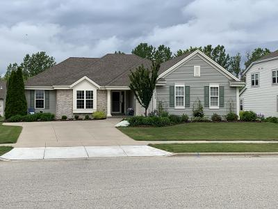 West Bend Single Family Home Active Contingent With Offer: 2424 Sandalwood Ave
