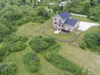East Troy Single Family Home For Sale: N8410 Pleasant Lake Rd