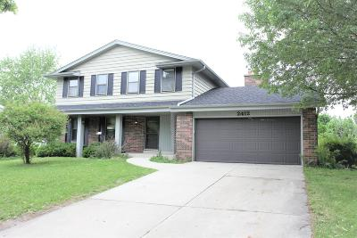 Waukesha Single Family Home Active Contingent With Offer: 2412 Napa Trl