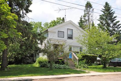 Elkhorn WI Single Family Home For Sale: $85,000