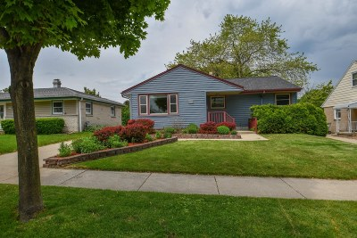 Milwaukee Single Family Home For Sale: 4849 S 24th St