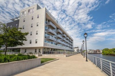 Milwaukee Condo/Townhouse For Sale: 1902 N Commerce St #214