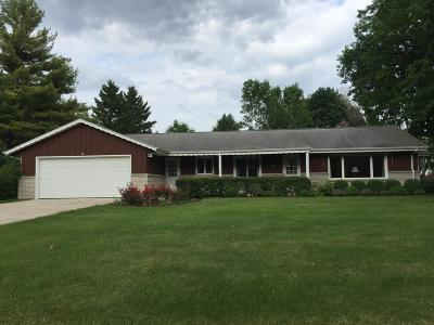 Brookfield Single Family Home For Sale: 4130 Brook Ln
