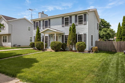 Kenosha Single Family Home Active Contingent With Offer: 4134 25th St