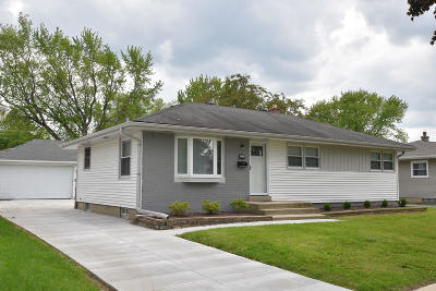 Milwaukee Single Family Home For Sale: 10331 W Lawn Ave