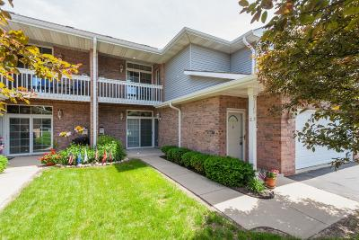 Condo/Townhouse Active Contingent With Offer: 515 Westfield Way #F
