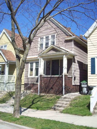 Milwaukee WI Two Family Home For Sale: $235,000