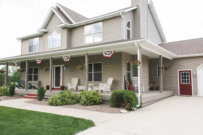 Racine County Single Family Home For Sale: 519 S Beaumont Ave