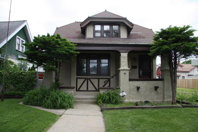 Milwaukee Single Family Home For Sale: 2863 N 38th St