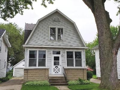 Watertown Single Family Home For Sale: 203 N. Eighth St