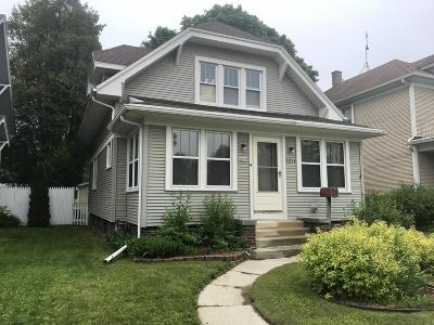 Sheboygan Single Family Home For Sale: 2211 N 8th St