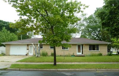 West Bend Single Family Home For Sale: 1155 N 13th Ave