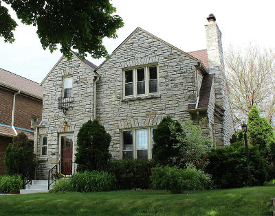 Milwaukee Single Family Home For Sale: 3257 S Taylor Ave