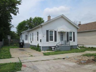 Racine Single Family Home For Sale: 1138 Grand Ave