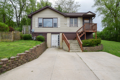 Pell Lake Single Family Home Active Contingent With Offer: W1369 Oakwood Rd