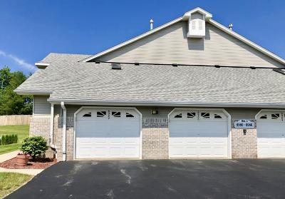 Oak Creek Condo/Townhouse Active Contingent With Offer: 6982 S Rolling Meadows Ct