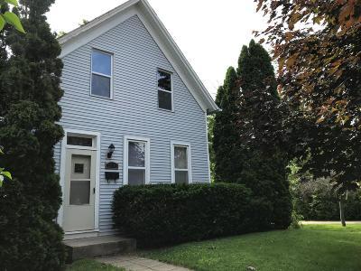 Glendale Single Family Home For Sale: 5530 Bethmaur Ln