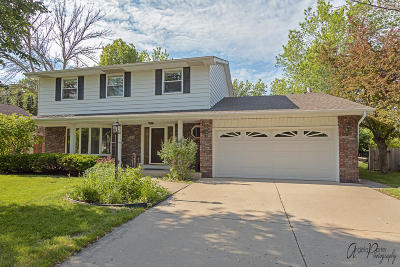 Kenosha Single Family Home Active Contingent With Offer: 4724 41st St