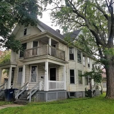 Milwaukee Multi Family Home For Sale: 920 S 21st St #922