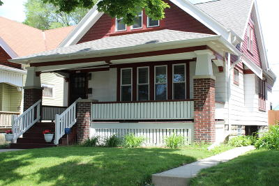 Milwaukee Single Family Home For Sale: 3372 N 29th St