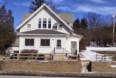 West Bend, Town Of West, Town Of Trenton Single Family Home For Sale: 1144 W Washington St