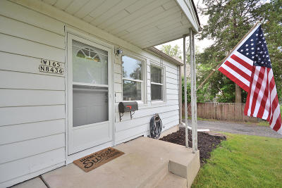 Menomonee Falls Single Family Home Active Contingent With Offer: W165n8436 Lavergne Ave