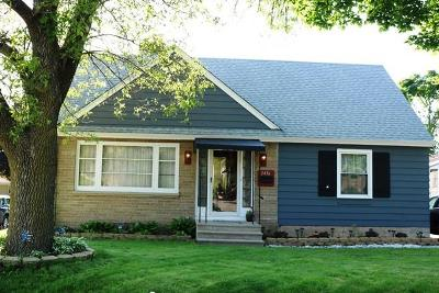 West Allis Single Family Home For Sale: 2456 S 88th St