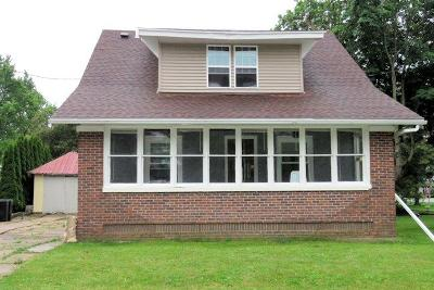 Mayville Single Family Home For Sale: 16 Valley St