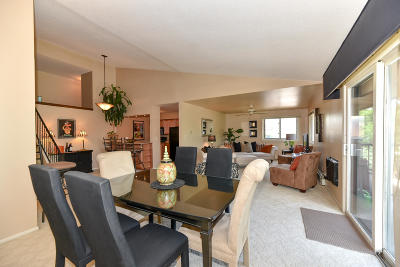 Condo/Townhouse Active Contingent With Offer: 8545 W Waterford Ave #8