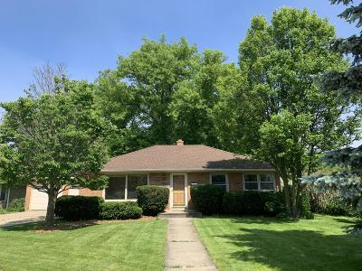 Kenosha Single Family Home Active Contingent With Offer: 7819 6th Ave