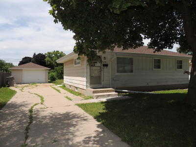 Milwaukee Single Family Home For Sale: 6709 N 84th St