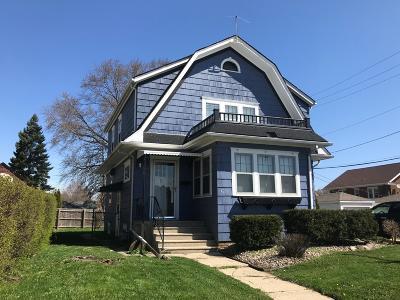 Kenosha Single Family Home For Sale: 4216 75th St