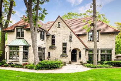 Whitefish Bay Single Family Home For Sale: 1830 E Hampton Rd