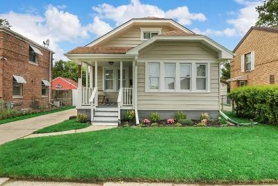 Racine Single Family Home For Sale: 2400 Mitchell St