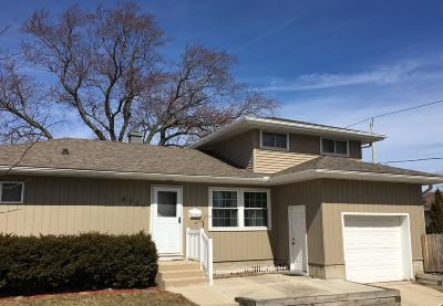 Milwaukee Single Family Home For Sale: 6750 W Harrison Ave