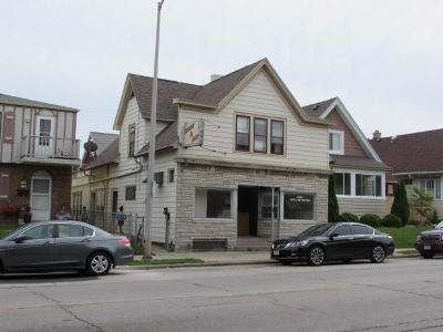 Milwaukee County Multi Family Home For Sale: 5523 W Burnham St