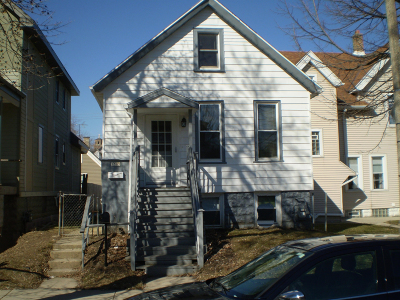 Milwaukee County Single Family Home For Sale: 1509 S 25 St