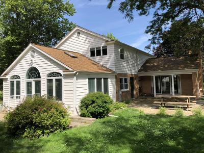 New Berlin Single Family Home Active Contingent With Offer: 13825 W Marquette Dr