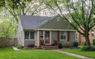 Milwaukee Single Family Home For Sale: 3407 N 88th St