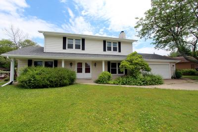 Menomonee Falls Single Family Home Active Contingent With Offer: W162n8300 Tamarack Dr