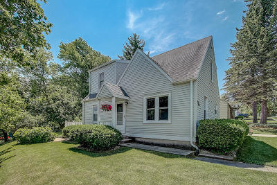 Menomonee Falls Single Family Home Active Contingent With Offer: W165n8654 Dardis Ave